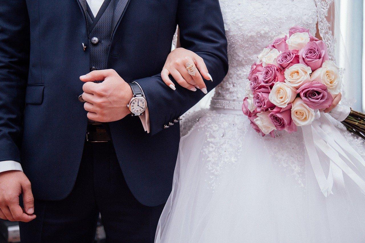 Jak zorganizować tanio ślub i wesele?