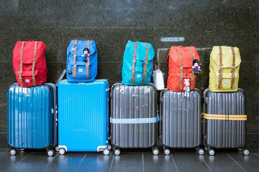 Przeprowadzka i pakowanie walizek
